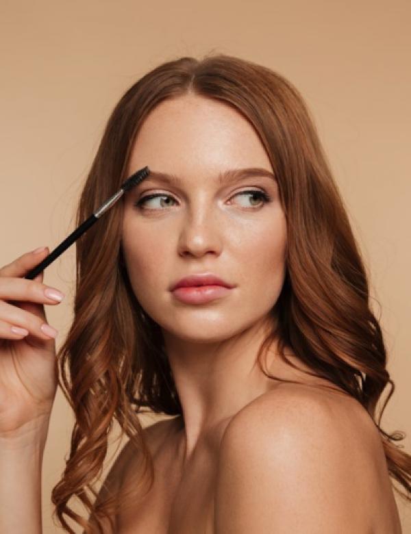 Süresiz Güzellik İçin Kalıcı Makyaj Eğitim Programı