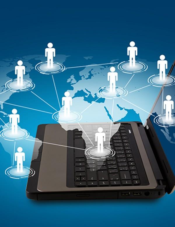 Sosyal Medya İletişimi Nasıl Etkiler?